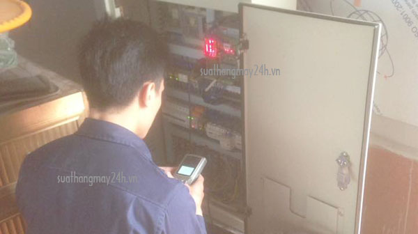 Những điều cần biết về tủ điện điều khiển thang máy