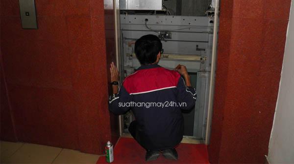 Sửa chữa thang máy tại Hà Nội giá rẻ