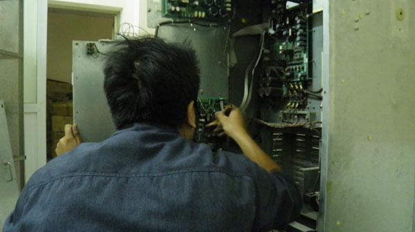 Khi nào cần sửa chữa , bảo trì thang máy ?