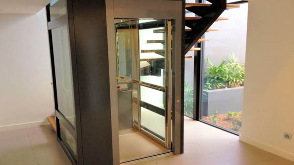 Các chọn thang máy an toàn và đẹp